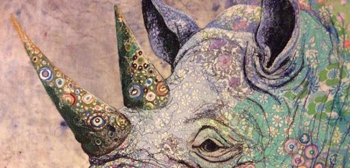 Sophie STANDING, basée à Nairobi (capitale du Kenya), est une artiste s'inspirant de la faune et la flore africaine